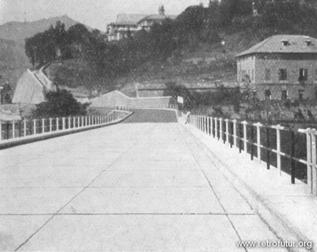1932 - 1935: Building of mountain Highway Genova - Serravalle  (today A7) : Pavimentazione cementizia sopra un viadotto