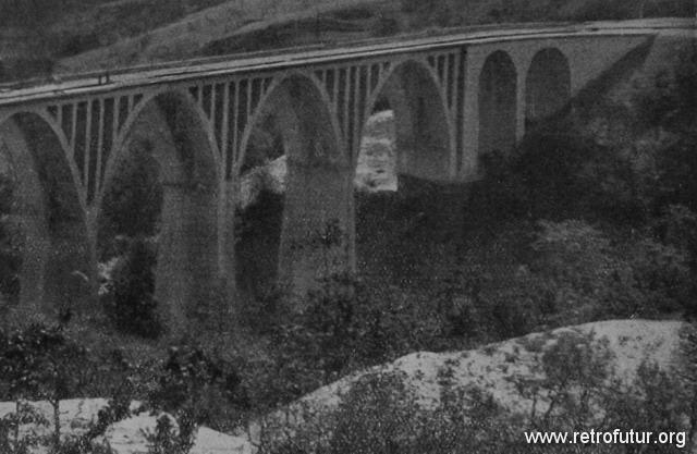 1932 - 1935: Building of mountain Highway Genova - Serravalle  (today A7) : Viadotto Montanesi