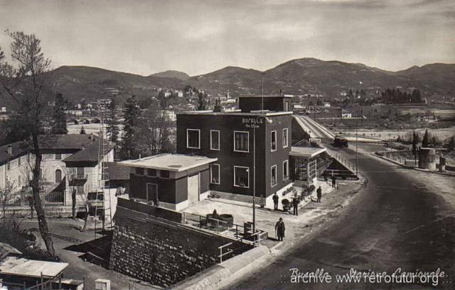 1932 - 1935: Building of mountain Highway Genova - Serravalle  (today A7) : Busalla - Stazione Camionale